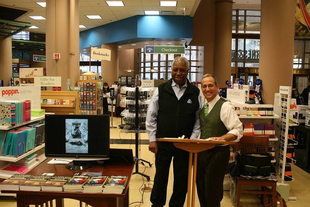 History In Fiction and Non-Fiction presentation at Barnes and Noble DePaul Center in Chicago